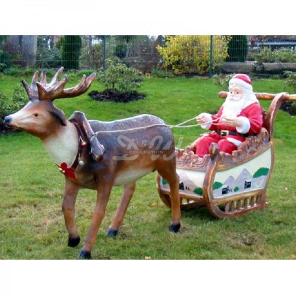 Weihnachtsmann im Schlitten mit Rentier (lebensgroß)