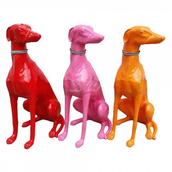 Windhund Hund sitzend pink (lebensgroß)