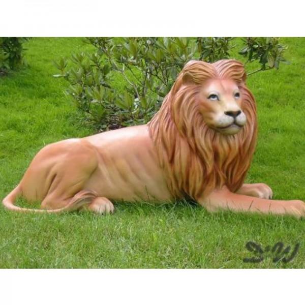 Löwe liegend (lebensgroß) natürliche Bemalung