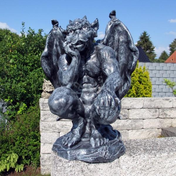 D&W Collection Deko Werbe Figur Gargoyle hockend Kopf aufgestützt mystisches Wesen Fantasy Wächter Dekoration Garten Werbung günstig kaufen