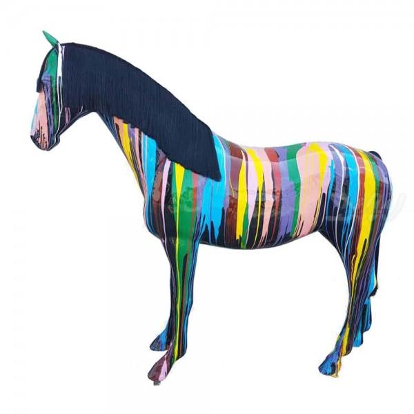 """Pferd mit Kunstbemalung """"schwarz mit bunten Farbläufern"""" (lebensgroß) mit Kunsthaarmähne"""