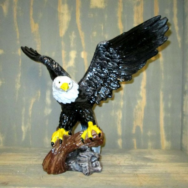 Adler auf Ast (klein)
