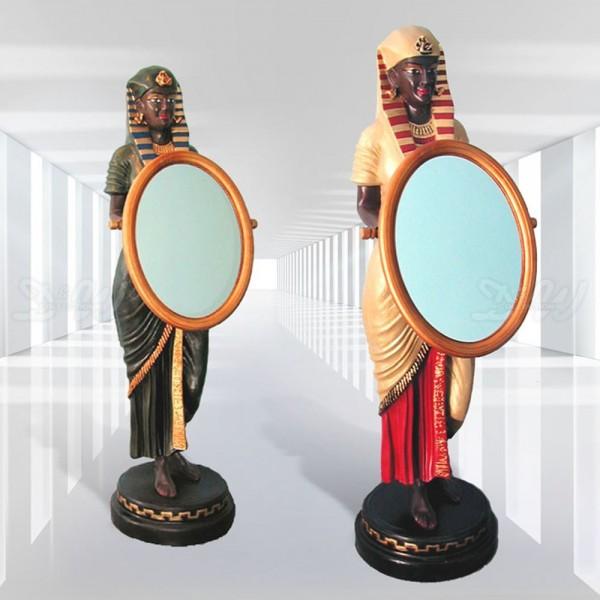 ägyptische Frau mit Spiegel (lebensgroß)