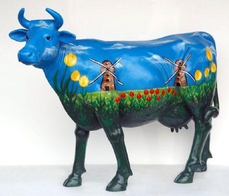 "Kuh mit Kunstbemalung ""Holland Windmühlen"" (Lebensgroß)"