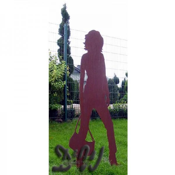 Edelrost Figur Frau Daniela mit Handtasche (lebensgroß)