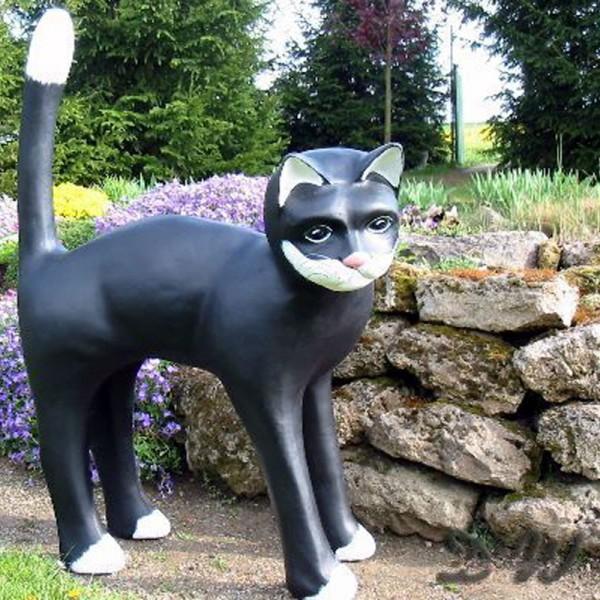 Katze schwarz-weiß (überlebensgroß)