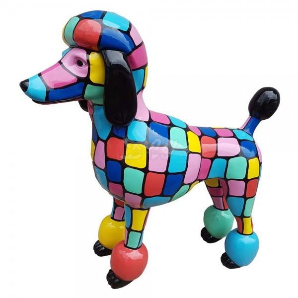 """Pudel Hund stehend mit Kunstbemalung """"bunte Vierecke"""" (lebensgroß)"""