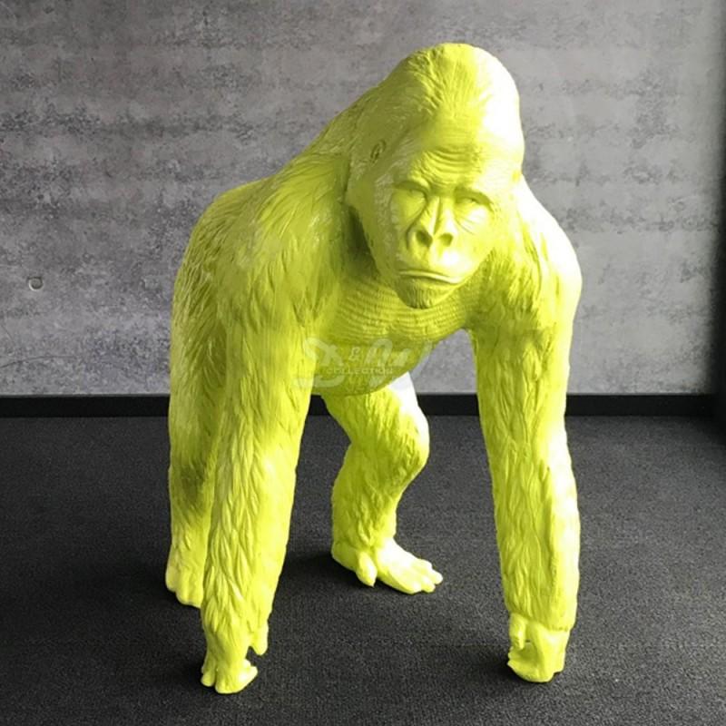 Ref-Gorilla-3