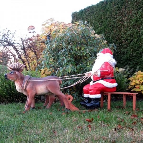 Weihnachtsmann / Nikolaus auf Holzschlitten mit 2 Rentieren (groß)