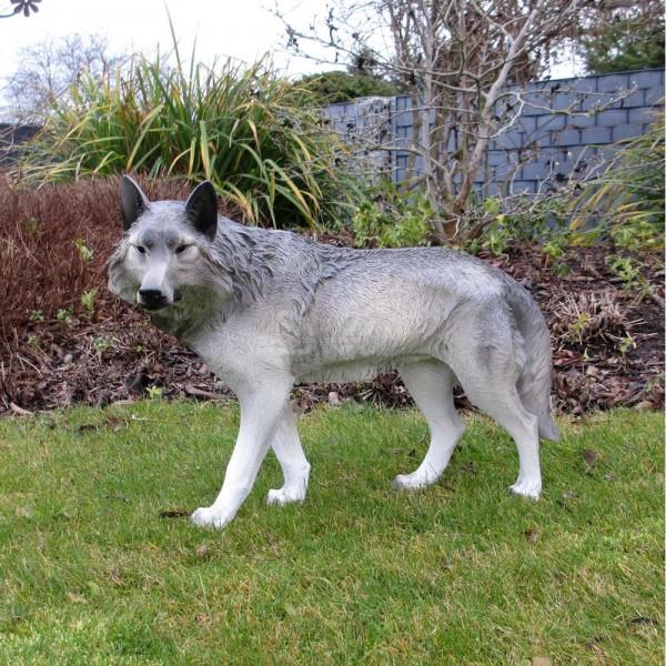 Wolf stehend (klein)