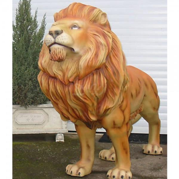 Löwe stehend natur (lebensgroß)